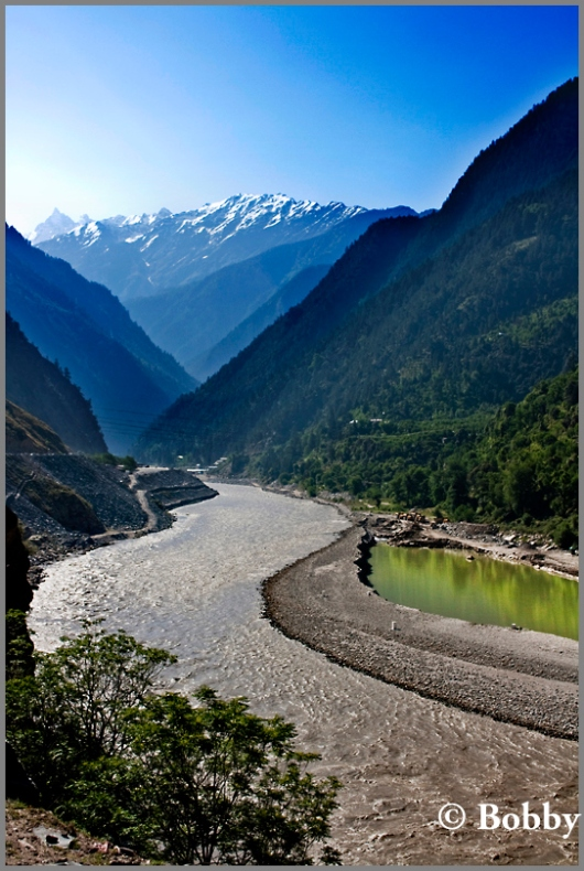 The Baspa river keeps you company all through the Kinnaur Valley.