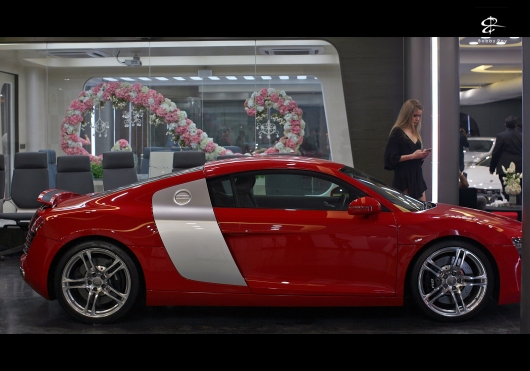 A beautiful, bright red Audi R8 V8 at BBT, Gurgaon