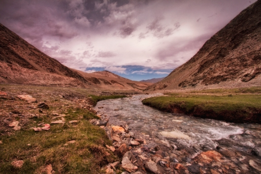 The tributary of Zanskar river flows through...